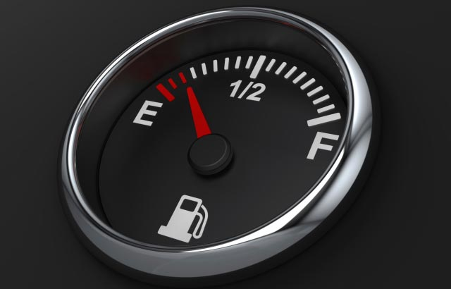 fuel-gauge-lies_low-fuel-gauge-03_03