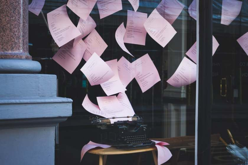 papers in air